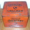 Crescent Macaroni and Cracker Company tin