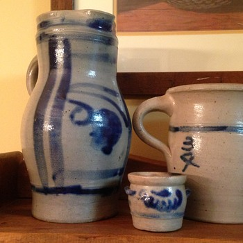 trio of grey/blue pottery