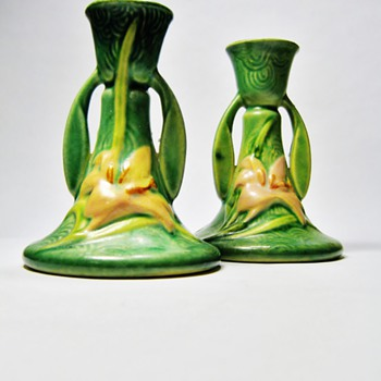ROSEVILLE-USA - Art Pottery