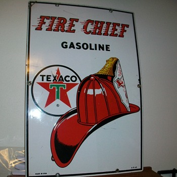 FIRE CHIEF GSOLINE PUMP PORCELAIN SIGN