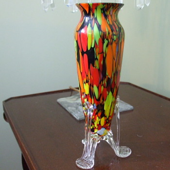 Tall Welz? GRECIAN URN Style 3-footed SPATTER VASE- Impressed Mark - Art Glass