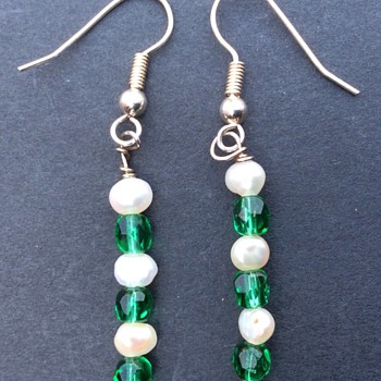 Vintage pearl and emerald earrings ? - Costume Jewelry