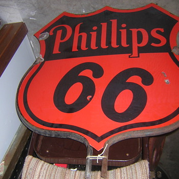 Older Phillips 66 Curb Sign - Signs