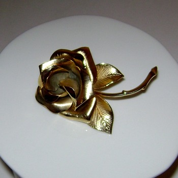 Giovanni Rose Brooch