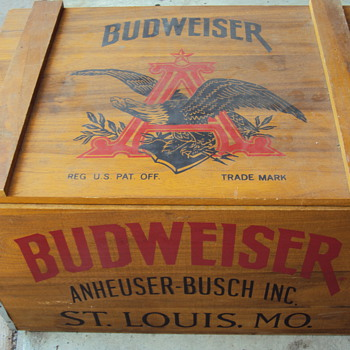 budweiser anheuser-busch inc crate. st louis. mo.trade mark 8294e - Advertising