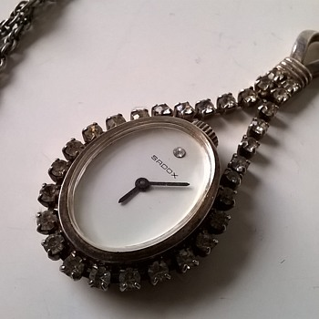 SADOX Manual Wind Rhinestone Paste Pendulum Watch - Clueless~!