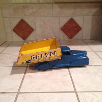 Marx Blue Gravel & Sand Truck  - Model Cars