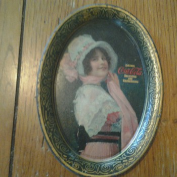 1914 &quot;Betty&quot; Coca Cola Change/Tip Tray - Coca-Cola