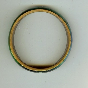 Unknown Bangle Bracelet - Costume Jewelry