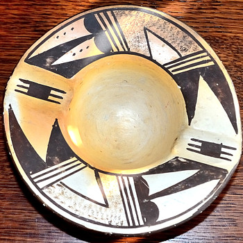 Hopi Ashtray (age unknown) - Native American