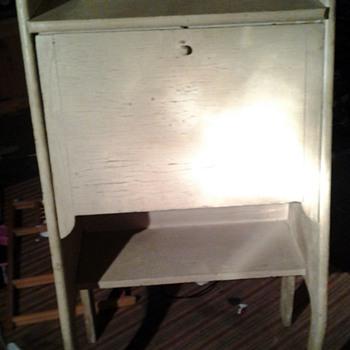 Mystery desk!?!