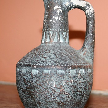 Little jug - Art Pottery