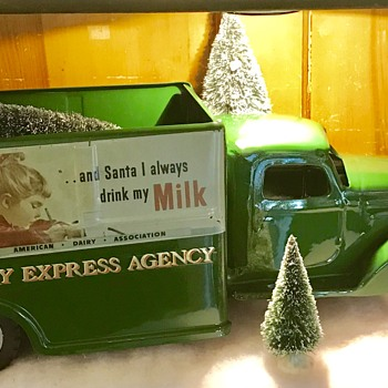 1952 Buddy L Railway Express Agency  truck. R.E.A. - Model Cars