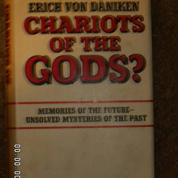 "1968 ""Chariot Of The Gods"" by Erich Von Däniken ~1st Edition"
