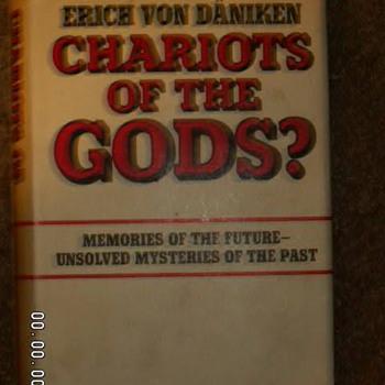 """1968 """"Chariot Of The Gods"""" by Erich Von Däniken ~1st Edition"""