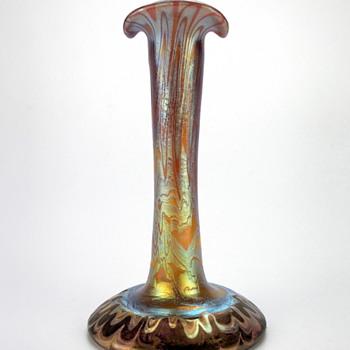 Loetz Phänomen Genre 358 AKA Loetz Blackbottom - Art Glass
