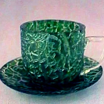 KRALIK CROC CRACKLE DEMITASSE - Art Glass