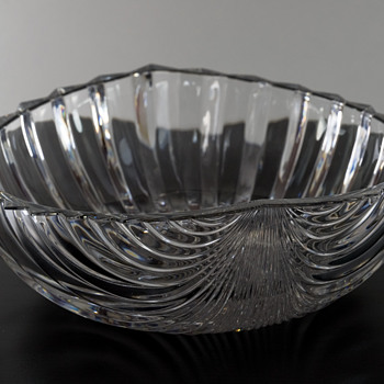 #26 Mid Century Crystal Fruit Bowl - Glassware