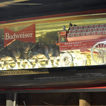 budweiser clydesdale bubble light....  - Breweriana