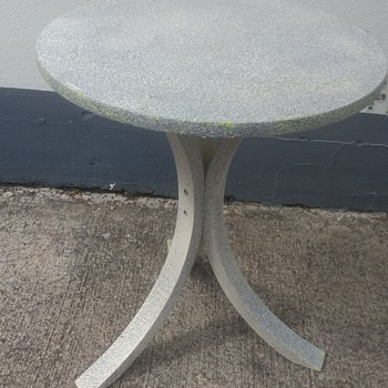 """Another project for the paint, this time a table painted in Hobby craft """"Stone"""" it covered up Ikea ugly"""