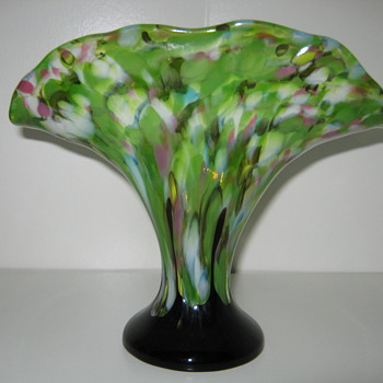 Czechoslovakia Glass fan vase Green Shimmy decor with applied amethyst drip believed to be Ruckl - Art Glass