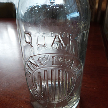 Sinclair Opaline Oils 1 Quart Oil Bottle