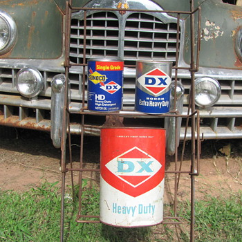 D-X oil cans - Petroliana