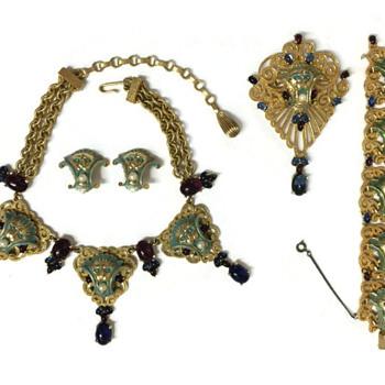 Vintage Joseph Mazer Jeweled Art Deco Lion Parure - Costume Jewelry