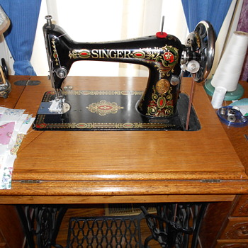 Singer 66 - 1 - Sewing