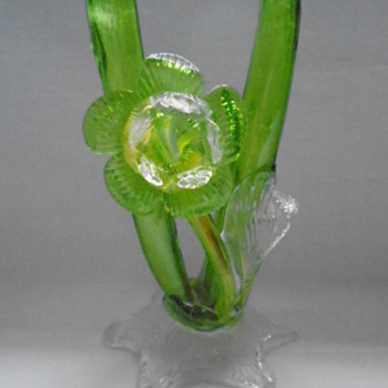 Art Nouveau Kralik Double Thorn Vase - Art Glass