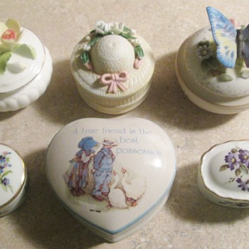 Trinket boxes - Furniture