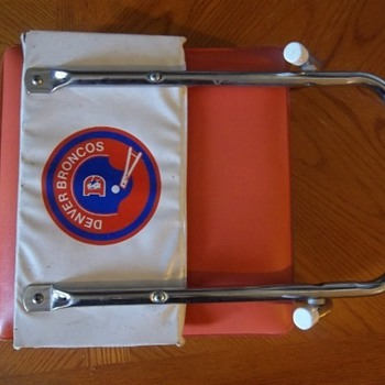 Vintage Denver Broncos stadium seat - Football
