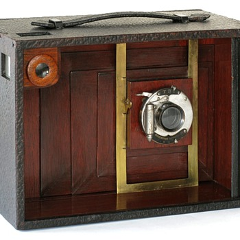 1914 Prototype Multiplying Camera by Harvey Wing - Cameras