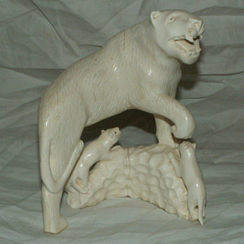 Antique/Vintage Sculpted Elephant's Ivory  ~ Lioness & Cubs Standing On A Mound  - Animals