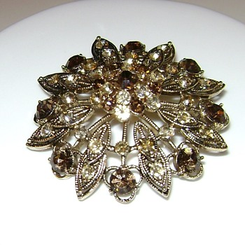 Monet Brooch - Modern - Costume Jewelry