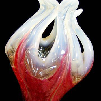 Kralik Flower ( yet another!)  - Art Glass