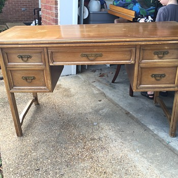 Can anyone tell me what this desk/table? Is called?