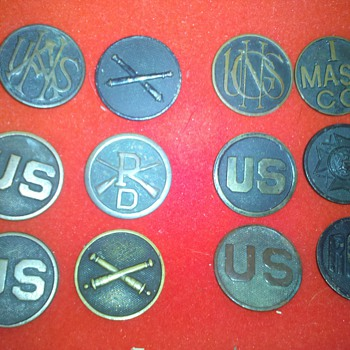 "WWI U.S. Army Collar Disc collection ~group ""A"" - Military and Wartime"