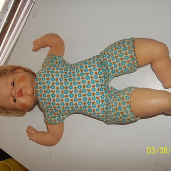 Cute Vintage doll - Dolls