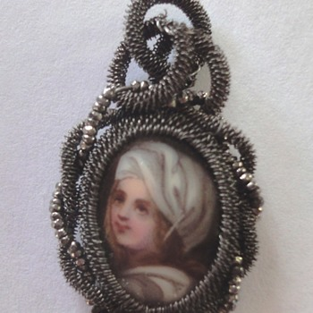 Silesian Iron Wire-Work porcelain Cut Steel Pendant, ca.1800-1820 - Fine Jewelry