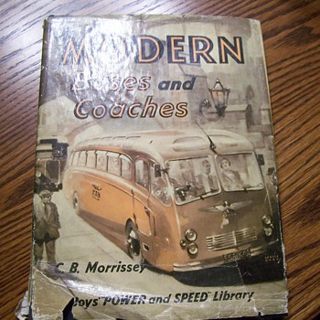 1952 MODERN BUSES AND COACHES BOOK - Books
