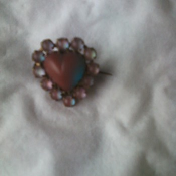 Saphiret glass heart pin - Costume Jewelry