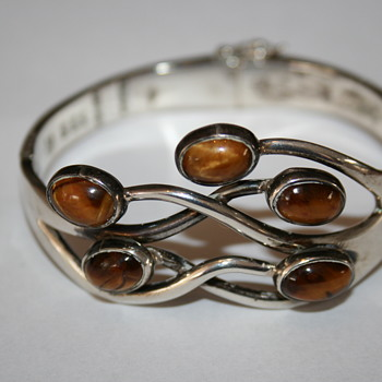 Silver Mexican bracelet with Tiger Eye - Fine Jewelry