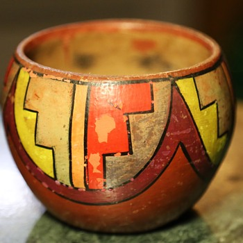Poster Paint Pot - Tesuque Pueblo - Pottery
