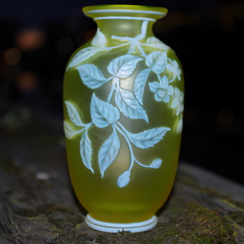 THOMAS WEBB CAMEO GLASS VASE [URANIUM GLASS] SIGNED