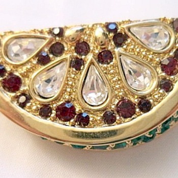 My FAVORITE Van Dell Brooch - Costume Jewelry