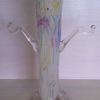 Victorian Peloton glass vase with arms - missing baskets