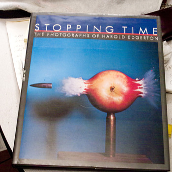 Stopping Time The photographes of Harold Edgerton/signed 1988 - Books