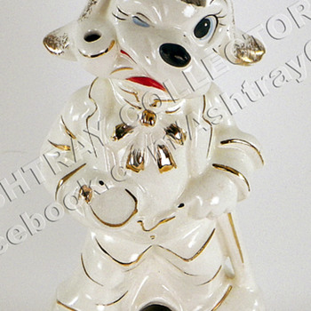"8"" Dog Smoker Ashtray - Tobacciana"