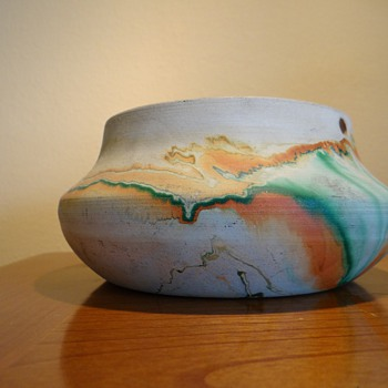 NEMADJI POTTERY - USA  / REPOST 